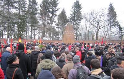 Berlin 8 Demonstration Die toten mahnen uns